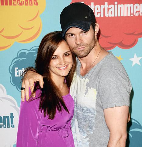 Rachael Leigh Cook Reveals Baby Name: Charlotte Easton Gillies!