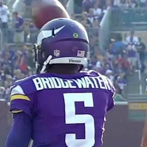 Minnesota Vikings Teddy Bridgewater spins out for 10 yards
