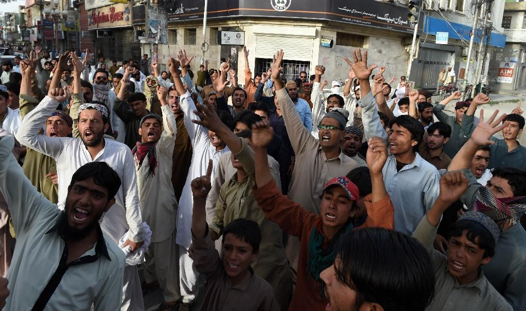Four killed in sectarian clashes in south Pakistan: police