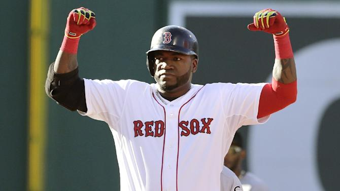 Carp lifts Red Sox over White Sox 4-3 in 10