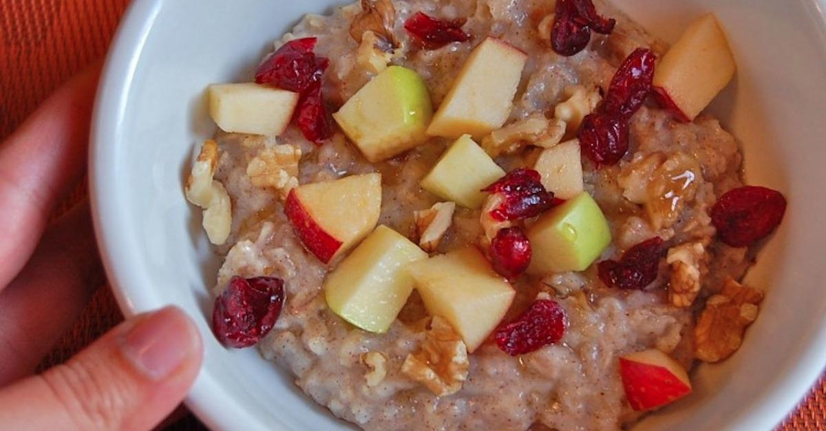 15 Delicious Bowls Of Oatmeal