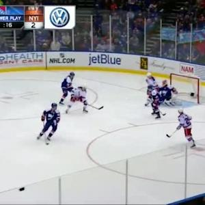 Jaroslav Halak Save on Derick Brassard (01:01/3rd)