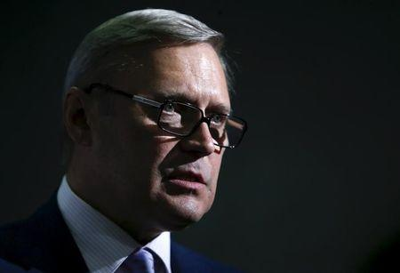 Kremlin critic Mikhail Kasyanov says life threatened in Moscow incident