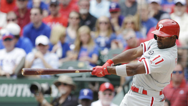 Phillies SS Rollins misses Texas finale for baby