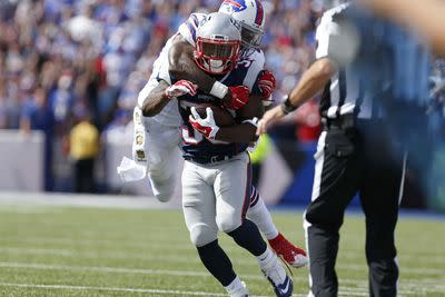 Dion Lewis signs 2-year contract extension, securing fantasy future