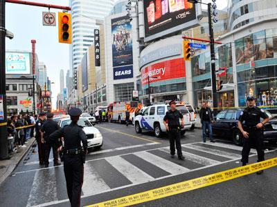 Police: Shots fired at Toronto mall, 1 dead