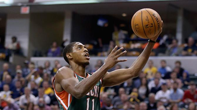 Knight helps Bucks hold off Pacers, 87-81