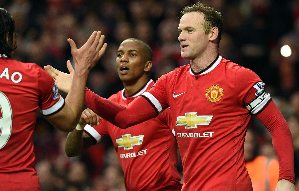 Rooney happy wherever he plays as Man United take on Magpies