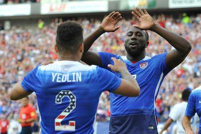 Jozy Altidore scores a second goal for the USMNT against Peru