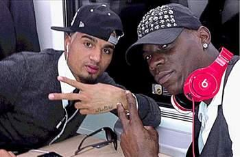 Balotelli caught smoking on train to Fiorentina match