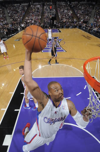 Clippers beat Kings 112-108 to clinch 4th seed