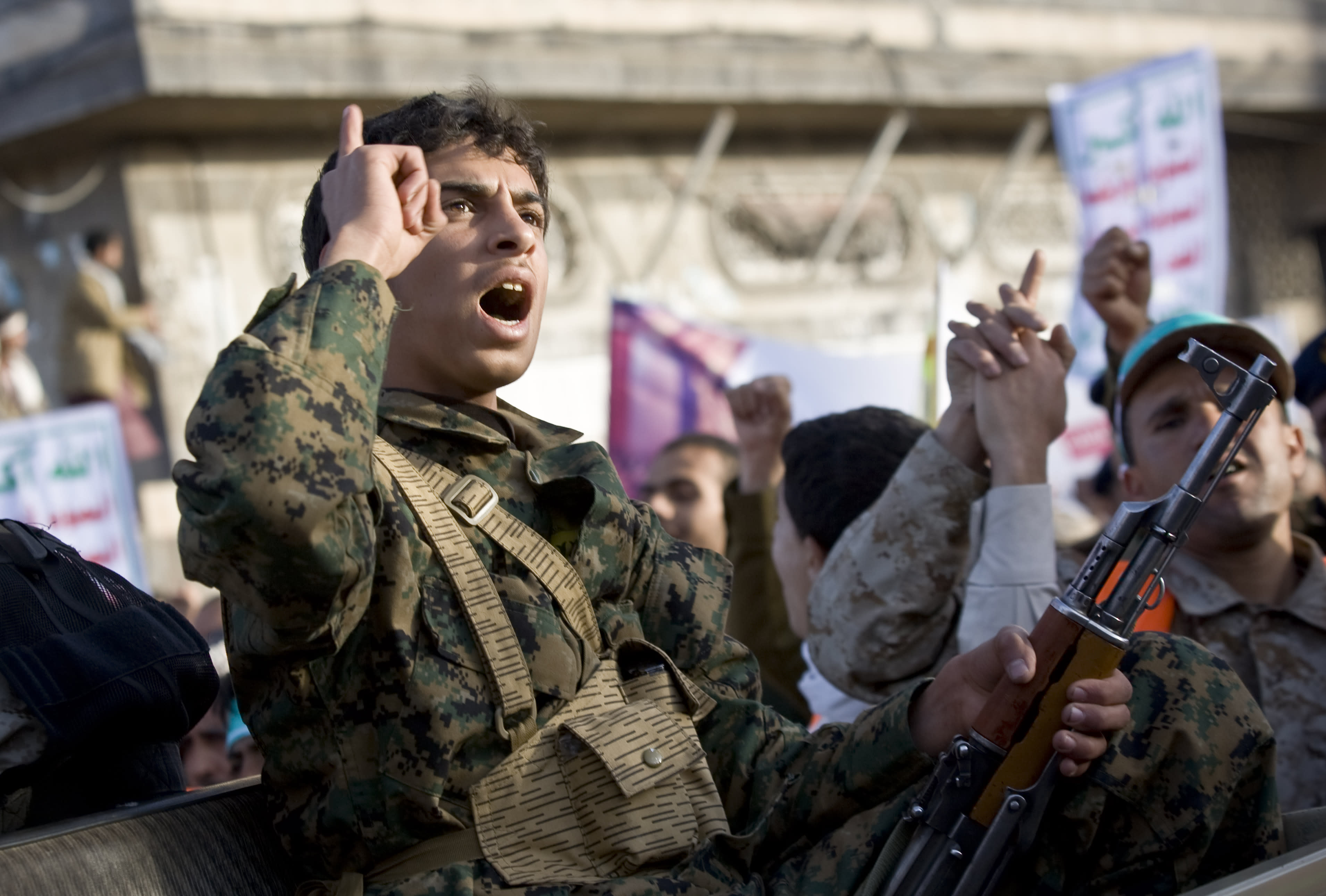 Tens of thousands protest after president resigns in Yemen