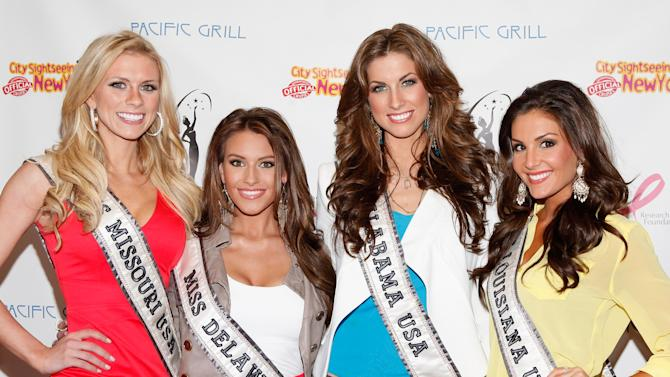 CitySightseeing New York Cruise Host Miss USA Alyssa Campanella And Miss USA Contestants