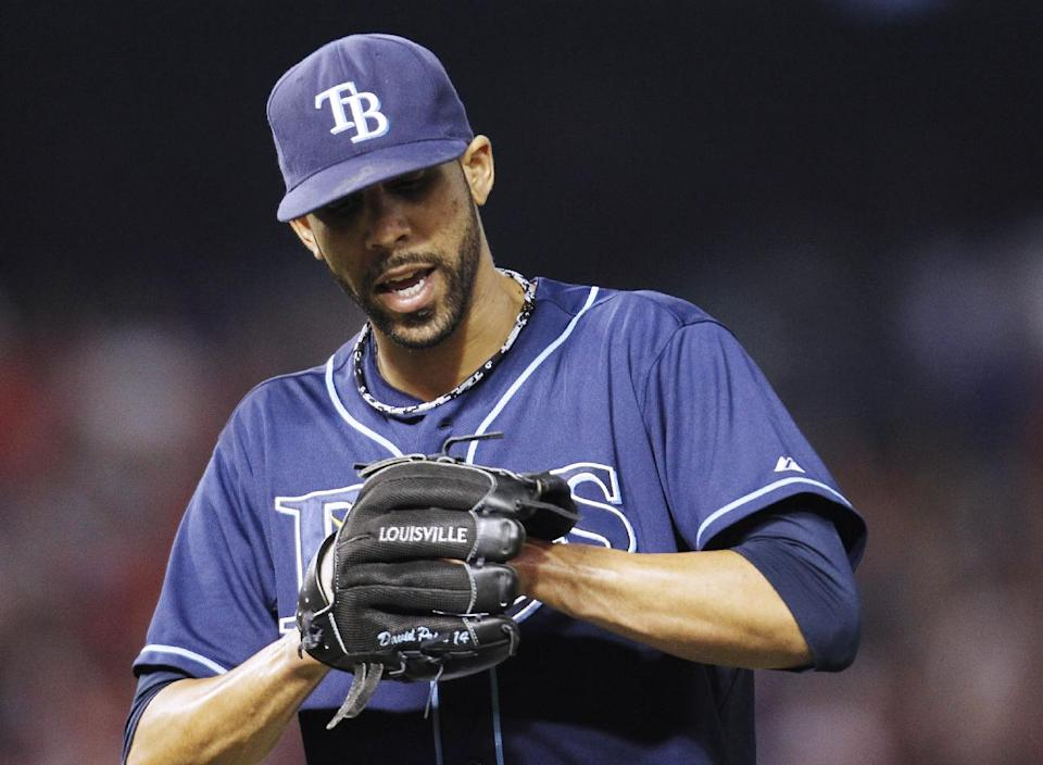 Rays to playoffs again after 5-2 win over Rangers