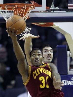 Irving's 25 points lead Cavs past Bobcats, 102-94