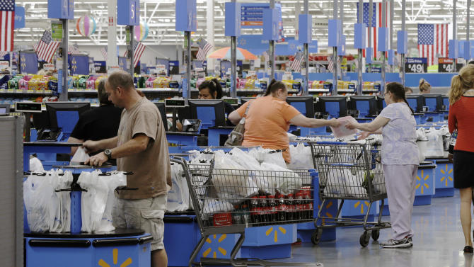 US retail sales rose in July, aided by autos and restaurants