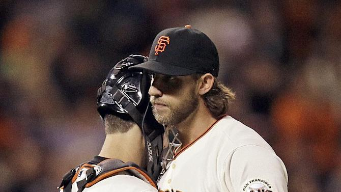 Bumgarner flirts with perfection in 3-0 Giants win