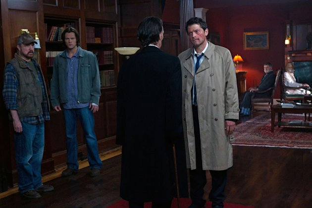 """Meet the New Boss""  - (L-R): Jim Beaver as Bobby Singer, Jared Padalecki as Sam Winchester, Julian Richings as Death (back to camera), and Misha Collins as Castiel in ""Supernatural."""
