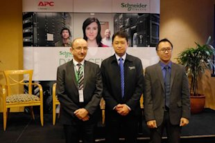 schneider 1 Solusi Infrastruktur Data Center Terkini Di Schneider Electric Solution Day 2013 liputan acara lokal