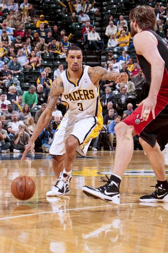 Pacers hold off Raptors, 103-98