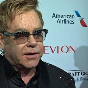 "Elton John tells gay community to ""wise up"" over AIDS"