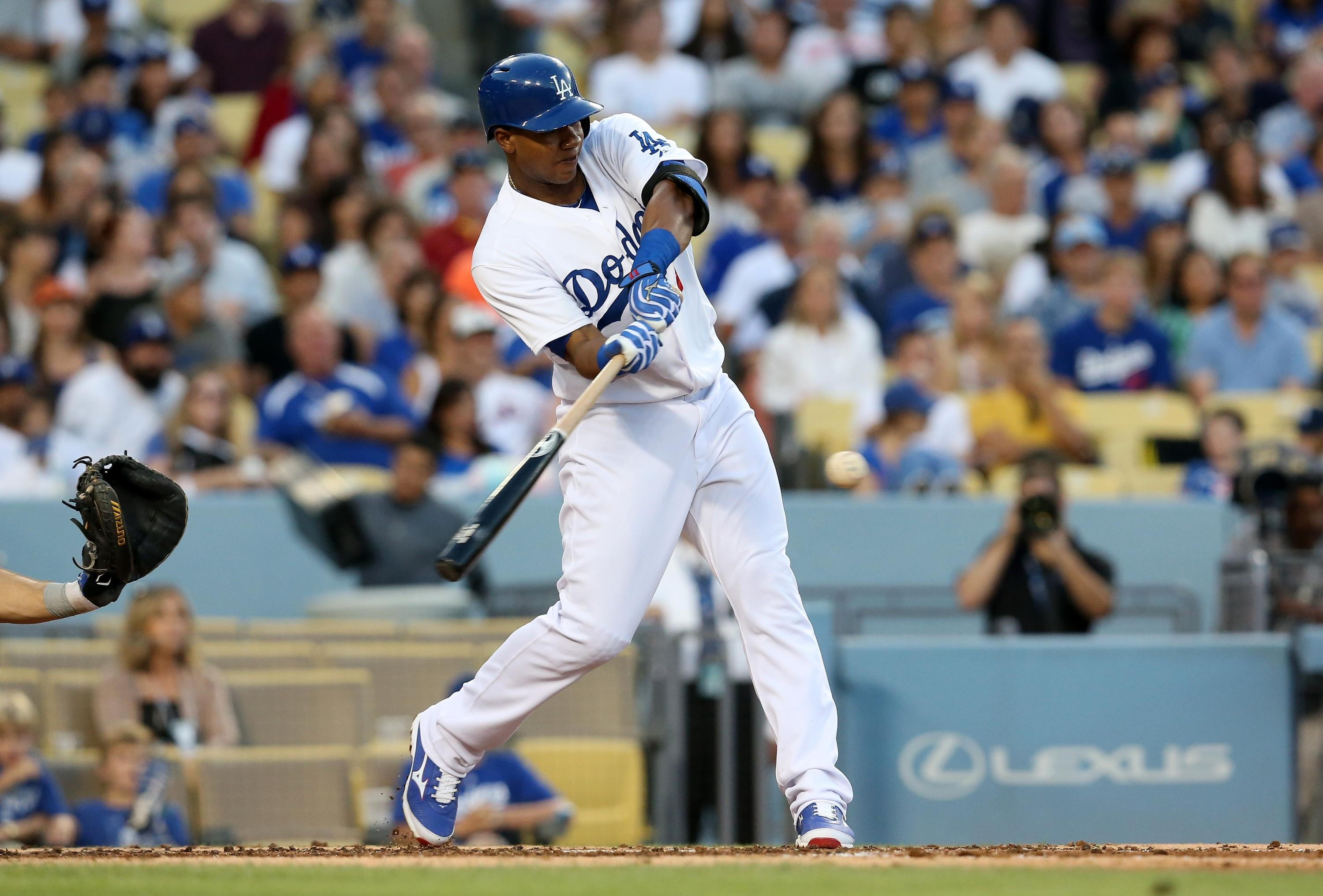 Dodgers suspend Erisbel Arruebarrena for the year due to contract issues