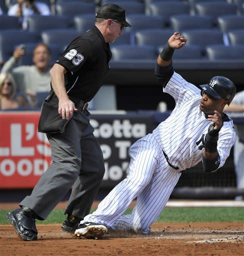 Yanks sweep doubleheader from Blue Jays