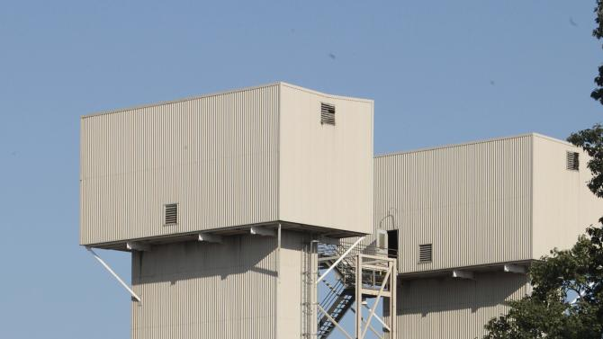 Campbell Soup Co. announced it was closing two U.S. plants including the one in Sacramento, Calif.,  seen Thursday, Sept. 27, 2012.  The world's largest soup maker said it will close Sacramento plant  that has about 700 full-time workers.   The plant, which makes soups, sauces and beverages is the company's oldest in the country.(AP Photo/Rich Pedroncelli)