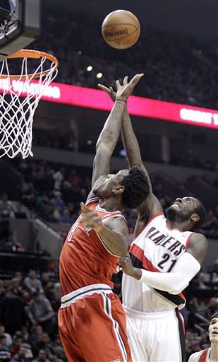 Jennings, Ilyasova help Bucks win in Portland