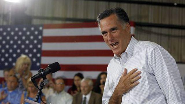 Romney kicks off new bus tour ahead of convention