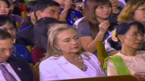 Hillary Clinton falls asleep during Obama speech