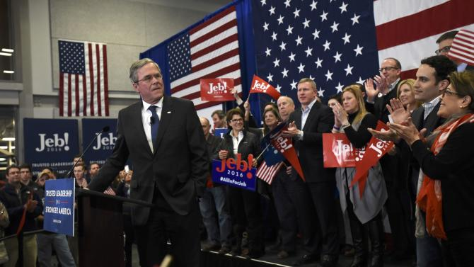 Republican U.S. presidential candidate Jeb Bush pauses before speaking to supporters at his 2016 New Hampshire presidential primary night rally in Manchester