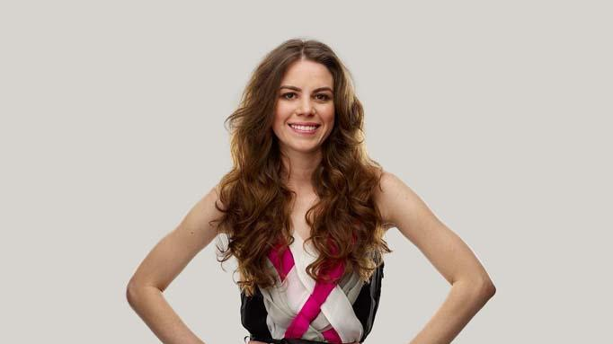 "Amanda Perna competes on Season 9 of ""Project Runway."""