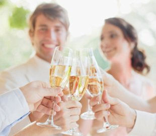 Wedding on a budget: Would you choose cash or open bar?