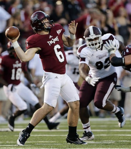 Bumphis' 3 TDs help Miss. State top Troy 30-24