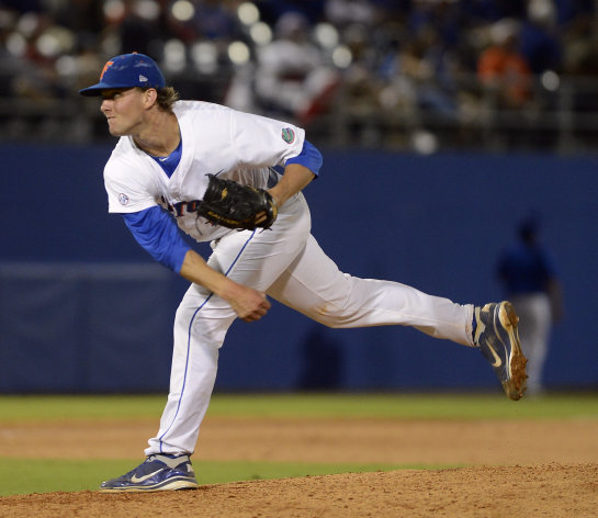Florida&#39;s Jonathon Crawford pitches against Bethun-Cookman during the ninth inning of an NCAA college baseball tournament regional game in Gainesville, Fla., Friday, June 1, 2012. Crawford pitched a no-hitter in Florida&#39;s 4-0 win. (AP Photo/Phil Sandlin)