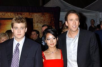 Nicolas Cage , wife Alice and son Weston Coppola-Cage at the LA premiere of Touchstone's National Treasure