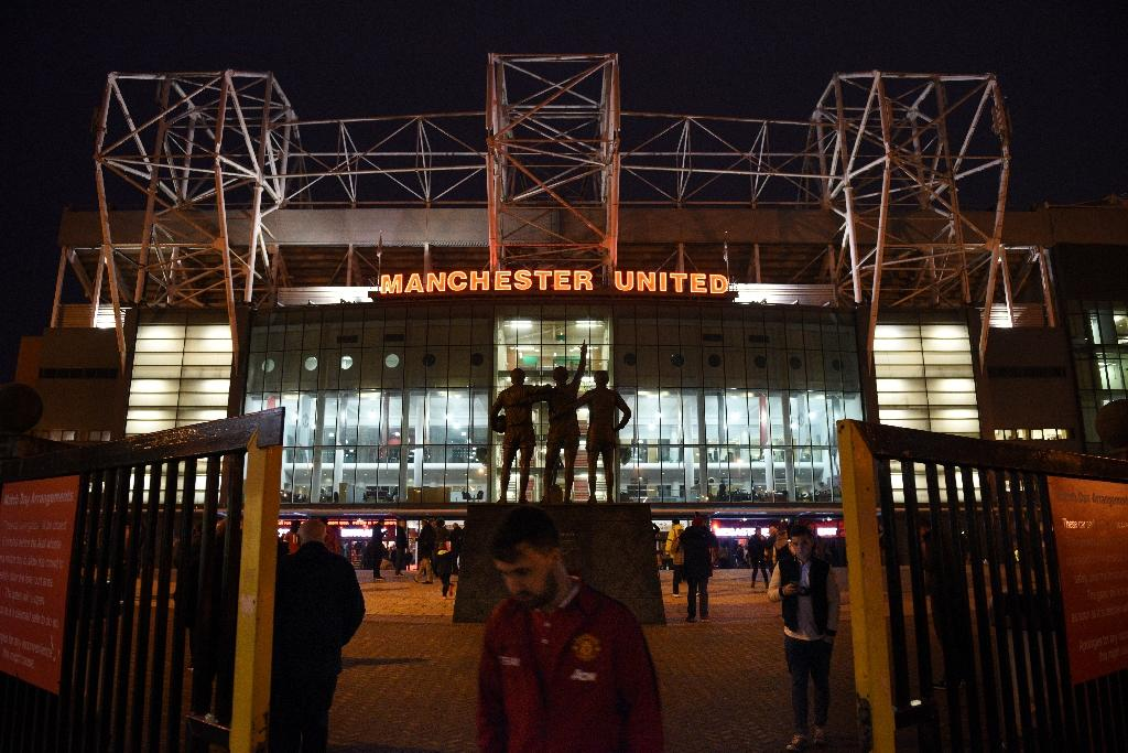 United cause storm by pulling out of youth tournament