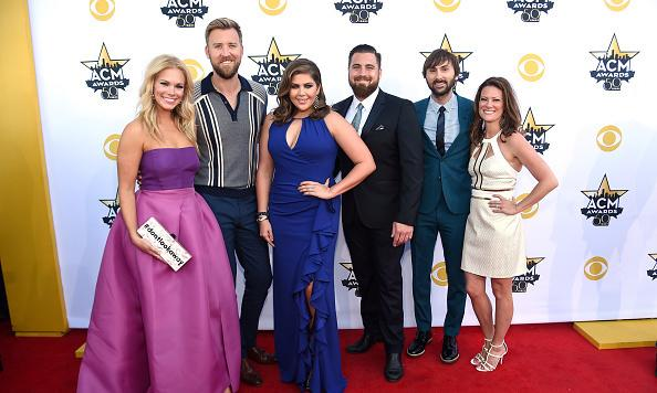 Lady Antebellum's Charles Kelley and wife Cassie are having a boy