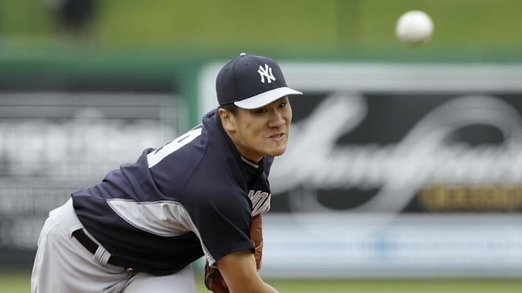 Yankees' Tanaka throws in simulated game