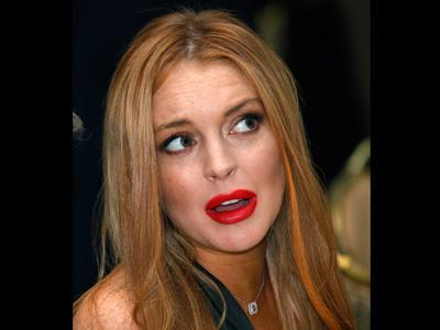ShowBiz Minute: Lohan, Apple, Johansson