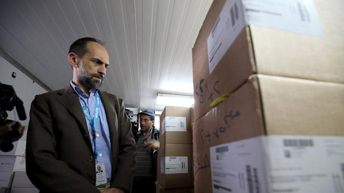 UNICEF representative in Yemen Julien Harneis visits a vaccination storage centre at the Ministry of Health in Sanaa
