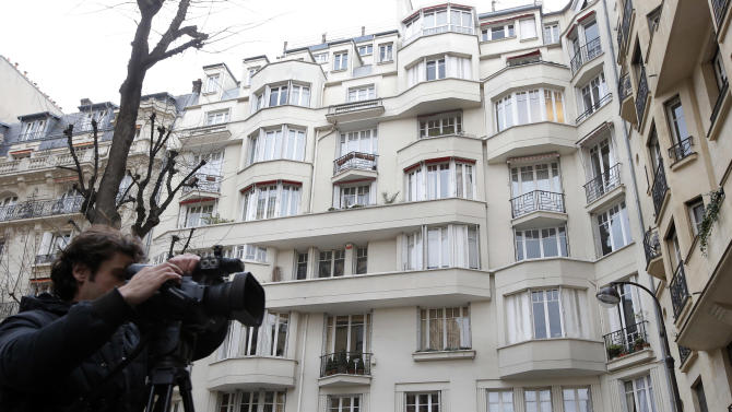Investigators search Paris home of IMF chief