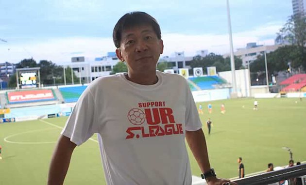 Lim Chin wants Singaporeans to support the S-League (Yahoo! Photo/Marianne Tan)