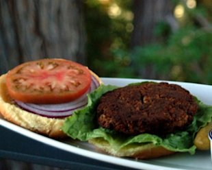 Chef Lisa Books-Williams creates a delicious burger recipe that'll put the days of ground beef behind you.