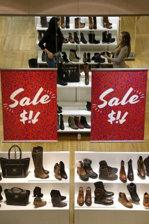 US retail sales rebounded 0.3 percent in February