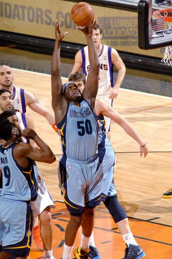 Ellington leads Grizzlies to 113-81 rout of Kings