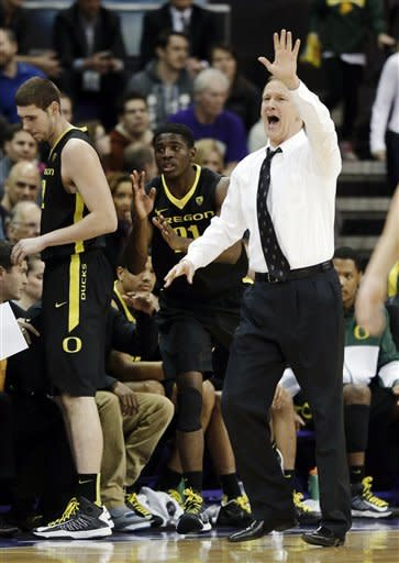 No. 23 Oregon beats Washington 65-52