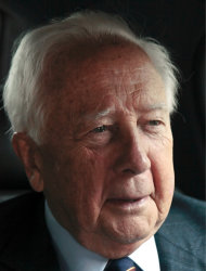 "In this May 10, 2012 photo, author David McCullough, two-time Pulitzer Prize winner for books ""Truman"" and ""John Adams,"" speaks during an interview in New York. McCullough is celebrating the 40th anniversary of his book ""The Great Bridge,"" which has just been reissued with a new introduction by the 78-year-old writer. (AP Photo/Bebeto Matthews)"
