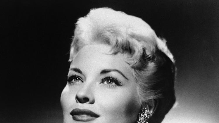 "FILE - This 1958 file photo shows singer Patti Page. Page, who made ""Tennessee Waltz"" the third best-selling recording ever, died Tuesday, Jan. 1, 2012 in Encinitas, Calif. She was 85. (AP Photo, File)"
